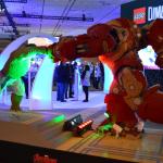 PSX Iron Man vs Hulk Lego statue