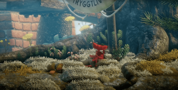 Unravel yarny fish sea hug
