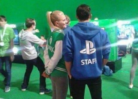 sony microsoft PlayStation Xbox couple romeo juliet