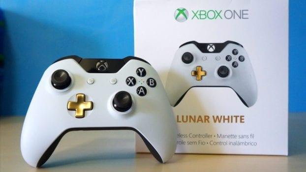 Lunar White Xbox One Controller