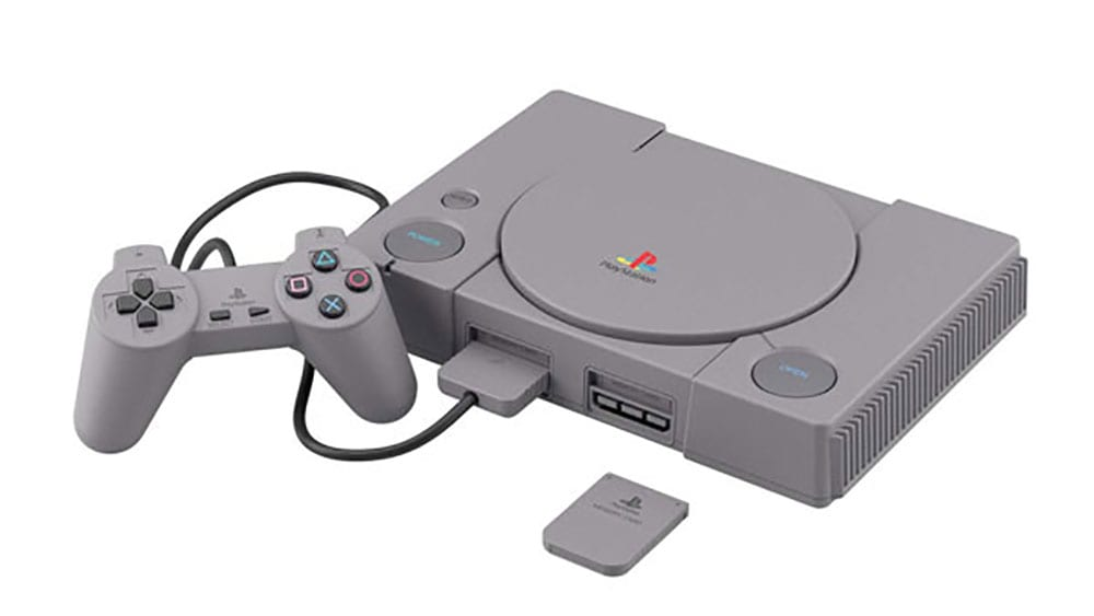 PlayStation Saturn Model Kit Bandai (Hero)
